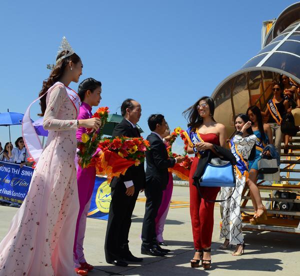 """Các thí sinh rất vui khi lần đầu tiên được đến Tuy Hòa, Phú Yên, xứ sở """"Hoa vàng, cỏ xanh"""""""