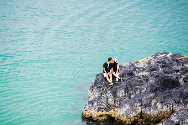 Biển xanh cát vàng trải dài của Bãi Xép cuốn hút du khách hòa mình vào muôn con sóng bạc đầu. (Nguồn: binbobacgin)