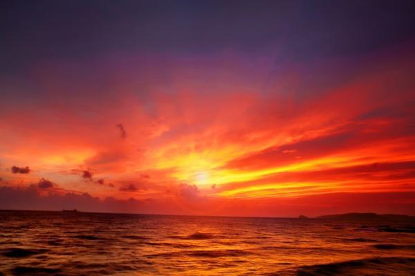 Mặt trời lặn trên biển Gành Dầu. (Nguồn: Quan Nguyen0