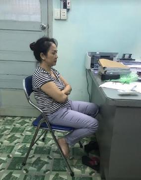 Trần Thị Minh Hằng tại cơ quan công an