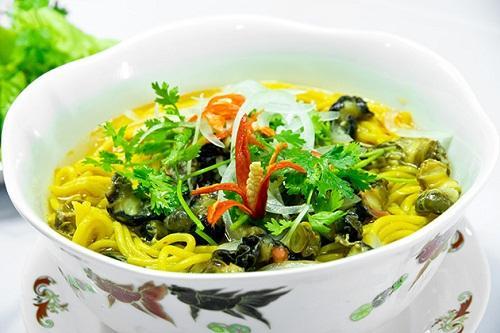 Món bún bắp ốc ở Đầm Ô Loan là nét văn hóa ẩm thực không thể thiếu của người dân Tuy An. Ảnh: Tấn Quân.