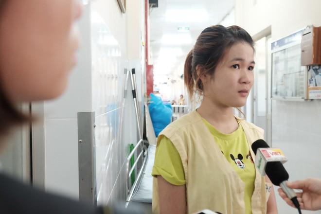 Xinh cho biết em gái mới đi làm công nhân được 2 tháng thì xảy ra chuyện.