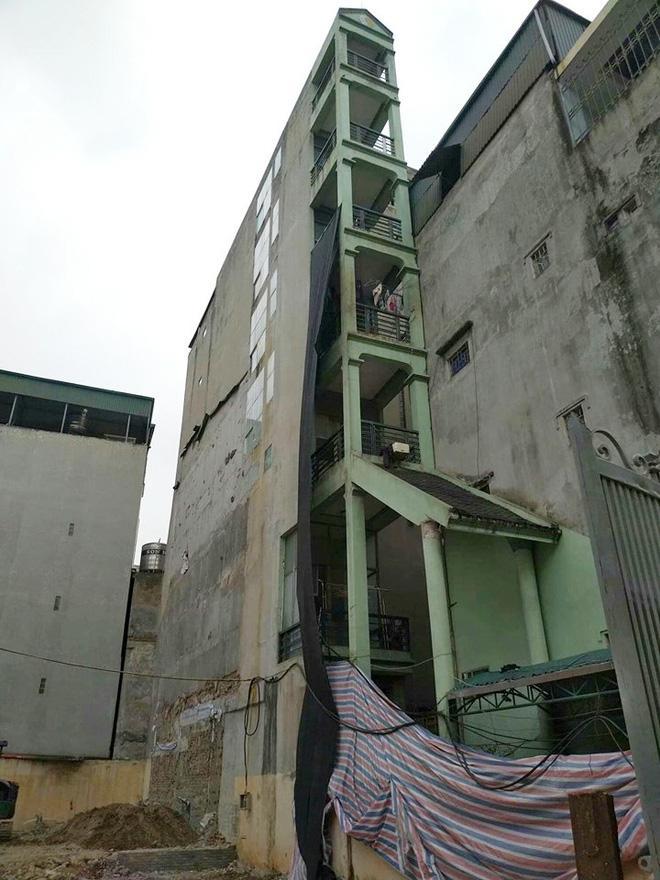 Hình ảnh căn nhà siêu mỏng cao 7 tầng gây x.ôn x.ao