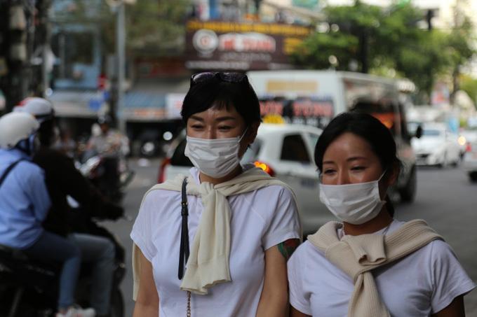 Đeo khẩu trang là phương thức bảo vệ chính bản thân và cộng đồng trước bệnh dịch