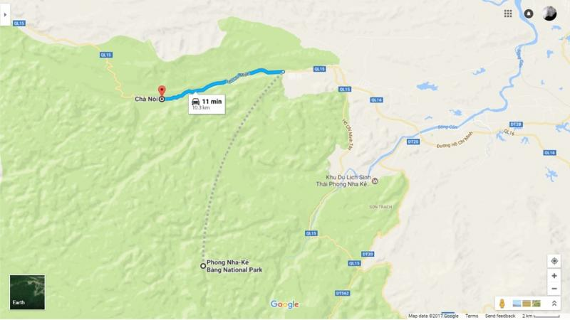 Từ vườn quốc gia Phong Nha Kẻ Bàng tới thung lũng Chà Nòi chỉ khoảng 10,3 km, đi thẳng hướng tây trên quốc lộ 15.
