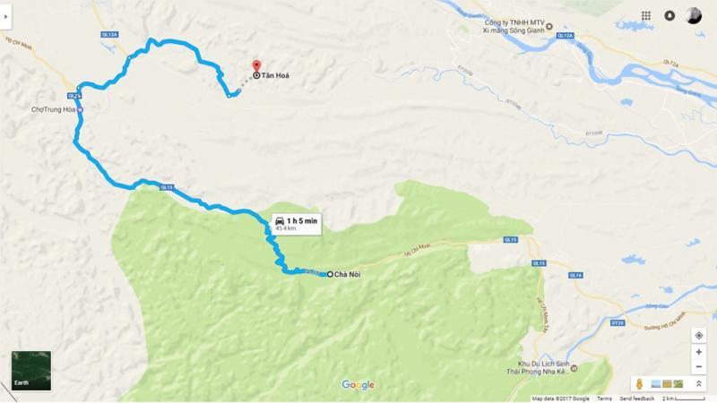 Quãng đường từ thung lũng Chà Nòi tới hang Chuột dài 45,4 km. Để tới được địa danh này, bạn đi theo quốc lộ 15 rồi rẽ phải vào quốc lộ 12A.