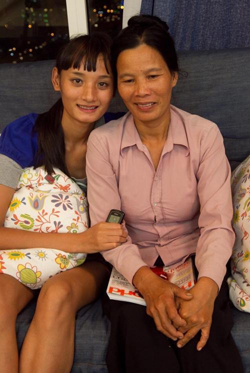 Lê Thúy bắt đầu được biết đến từ năm 2011, lúc bước sang tuổi 20. Với chiều cao 1,84 m, cô đăng ký tham gia cuộc thi truyền hình thực tế Vietnam