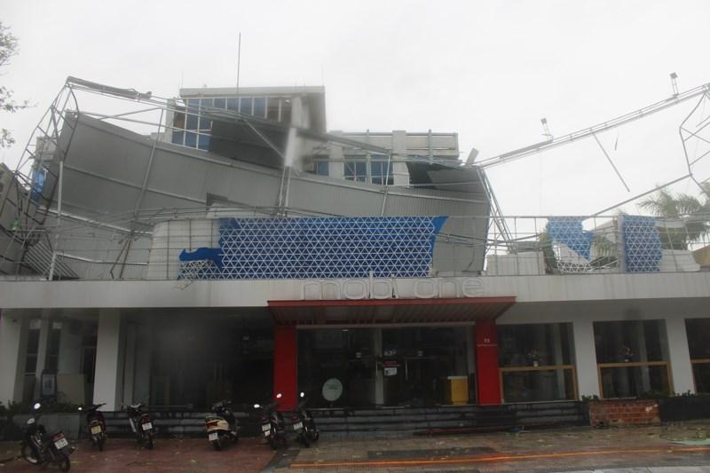 Trong chiều ngày 15/9, đa số các cơ sở kinh doanh tại Quảng Bình đều đóng cửa.Ảnh: Nguyễn Do