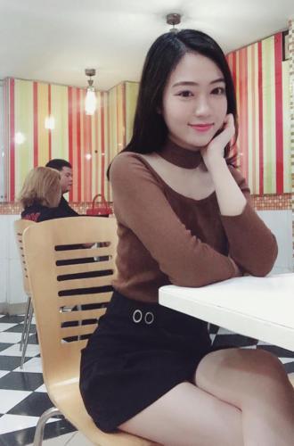 Nữ sinh Quảng Bình được nhiều người yêu mến nhờ gương mặt xinh đẹp