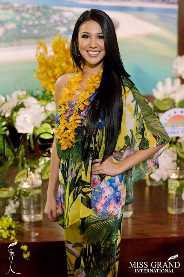 Hoa hậu Hòa bình Thế giới nổi bật với style thoải mái