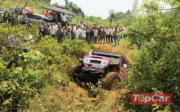 Giải đua xe địa hình 4x4 Challenge 2017 lần đầu tổ chức ở Quảng Bình.
