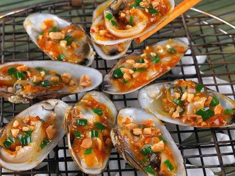 Thịt chem chép biển khá dày, dai, có vị ngọt và béo. Đặc biệt, trời càng lạnh thì thịt chem chép ăn càng ngon. (Ảnh Bepgiadinh)