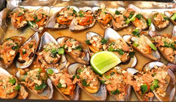 Chem chép biển có thể được chế biến theo nhiều cách thức khác nhau như luộc, hấp, nướng, xào hay nấu cháo nhưng phổ biến nhất vẫn là luộc. (Ảnh Hivietnam)