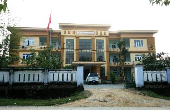 Trung tâm y tế dự phòng huyện Tuyên Hoá chi tiếp khách hàng trăm triệu trong vòng 4 tháng. Ảnh: NLĐ.