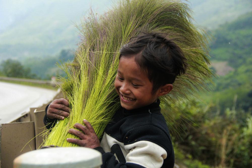 Nụ cười rạng rỡ và niềm vui bình dị