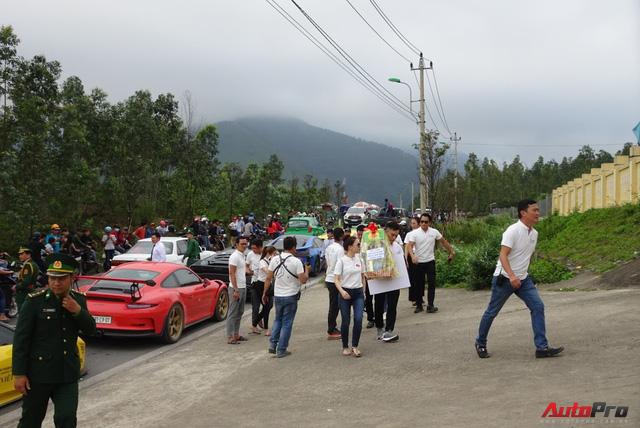 Một số hình ảnh đoàn siêu xe đã đặt chân đến Quảng Bình. (Ảnh: autopro.com.vn)
