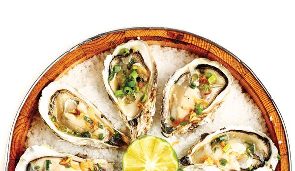 Thị trấn Quán Hàu, huyện Quảng Ninh, tỉnh Quảng Bình từ lâu nổi tiếng với nhiều món ăn ngon được chế biến từ con hàu khai thác ở sông Nhật Lệ. (Ảnh: internet)