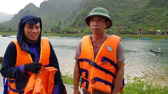 Vợ chồng chị Lý, anh Quyết cứu nhiều người thoát nạn