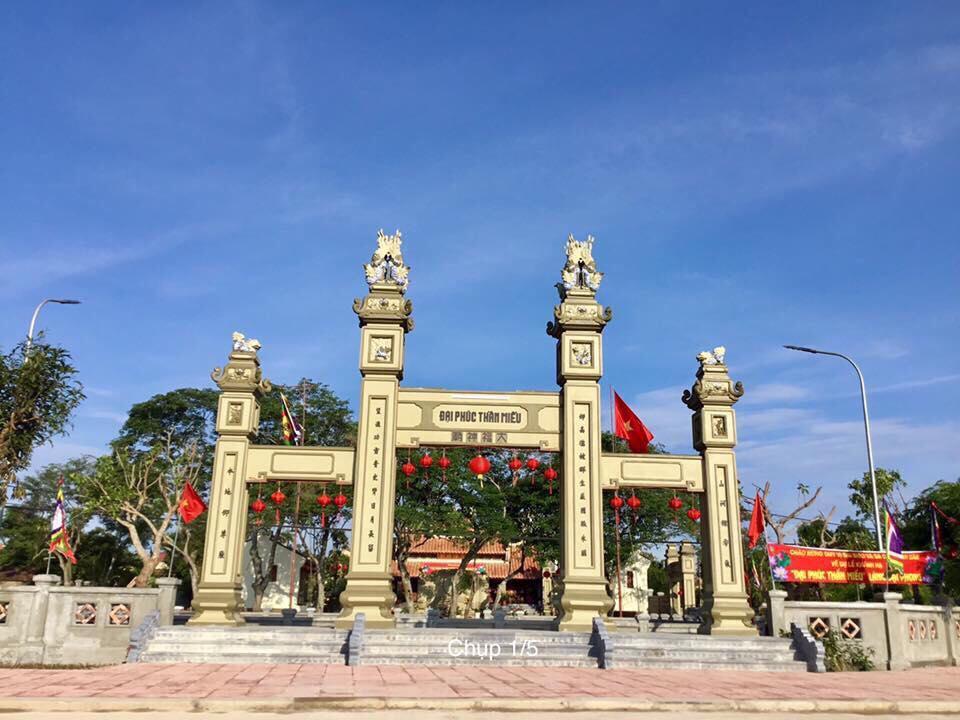 Đại Phúc thần miếu uy nghi đã hoàn thành sau hơn một năm xây dựng. (Ảnh: Nguồn baoquangbinh.vn)