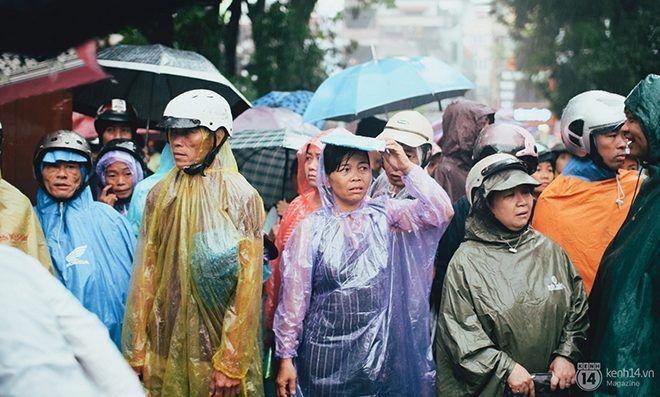 Hay mưa dầm ướt đẫm