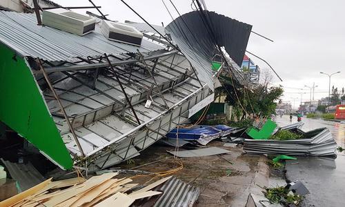 Khung cảnh đổ nát sau cơn bão- ảnh minh họa- Xuân Ngọc/ vnexpress.net