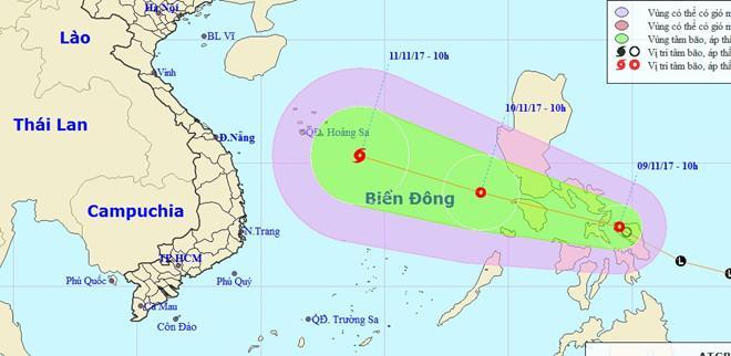 Áp thấp nhiệt đới có thể mạnh lên thành bão sau khi vào Biển Đông. Ảnh: NCHMF.
