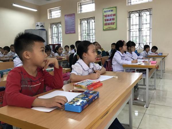 Học sinh từ tiểu học đến THCS sẽ được miễn học phí. (Ảnh minh họa: Mỹ Hà - Nguồn: Dân Trí)
