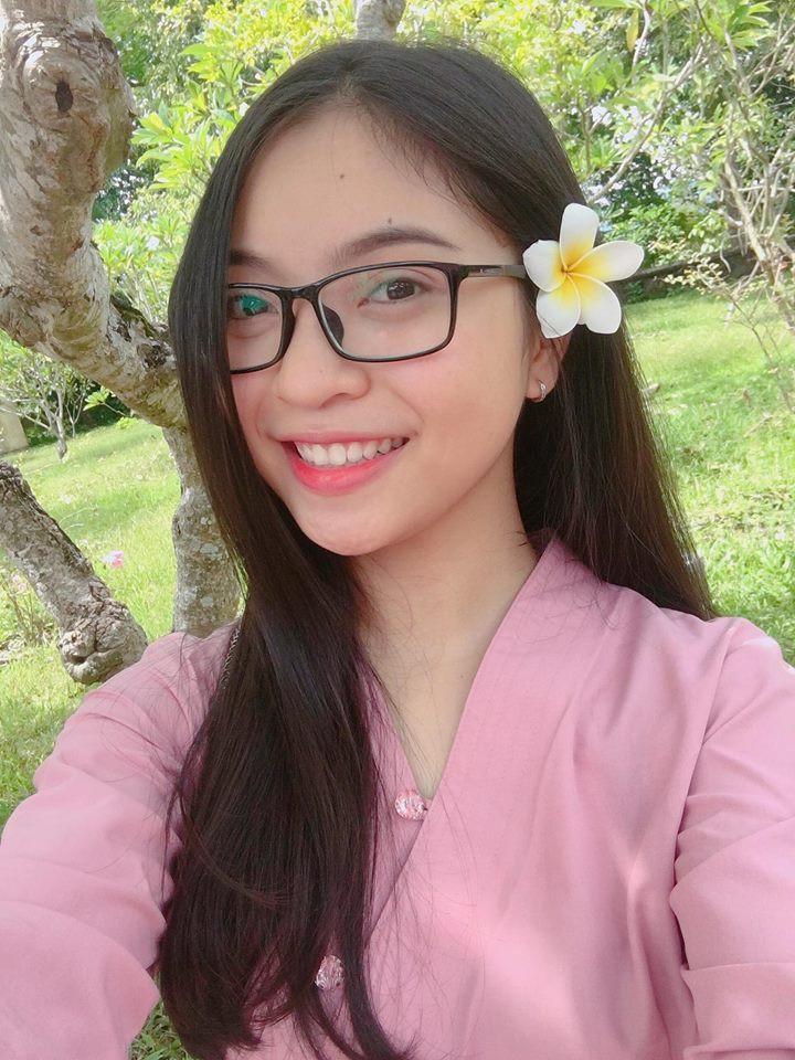 Cô nàng từng tham gia thi đấu thể thao như tại giải bóng chuyền tỉnh Quảng Nam.