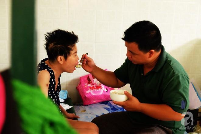 Anh Pán Chi Sềnh và người vợ chưa cưới Nguyễn Thị Thanh Trâm.