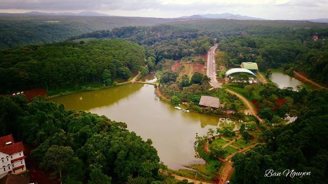Măng Đen thuộc địa phận huyện Kon Plông, tỉnh Kon Tum. Ảnh: Ban Nguyen.