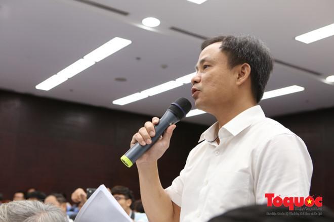 Ông Nguyễn Xuân Bình, Phó Giám đốc Sở Du lịch Đà Nẵng cho biết thông tin mở Văn phòng đại diện du lịch tại Trung Quốc và Châu Âu tại buổi họp báo. Ảnh: Đức Hoàng