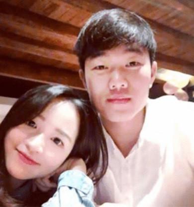 Bạn gái Xuân Trường là Ngô Mai Nhuệ Giang, 25 tuổi, cựu sinh viên Đại học RMIT. Ảnh: FBNV.