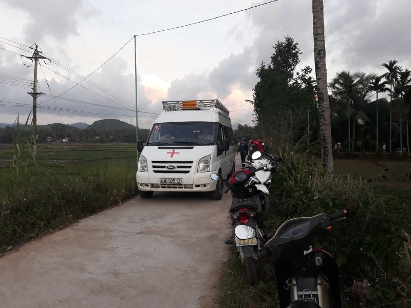 Thi thể chị Diễm được đưa về quê nhà tại xã Ân Đức (Hoài Ân, Bình Định) vào chiều tối ngày 4/12