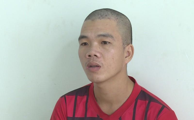 Nguyễn Văn Hoàng tại cơ quan công an.