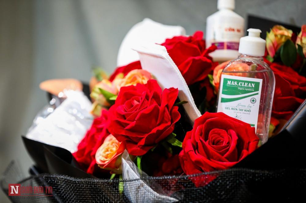 Mùa Valentine luôn là thời điểm để nhiều cửa hàng hoa tung ra những