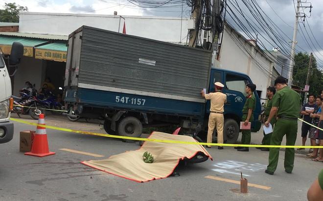 Vụ tai nạn xảy ra khoảng 12h ngày 16/7 trên đường Tô Vĩnh Diện, phường Tân Phước Khánh, TX.Tân Uyên, tỉnh Bình Dương.