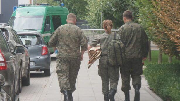 Binh lính quân đội Anh đang ở Warsaw để tham gia một chiến dịch của NATO.