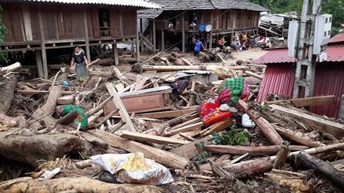 Những ngôi nhà, tài sản bị cuốn trôi hết.