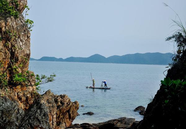 Cuối tuần yên bình trên đảo Cái Chiên – Quảng Ninh (nguồn http://giadinh.net.vn)