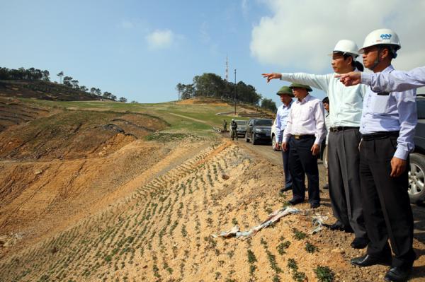 Bí thư Tỉnh ủy yêu cầu: Tuyệt đối không để xảy ra sạt lở đất