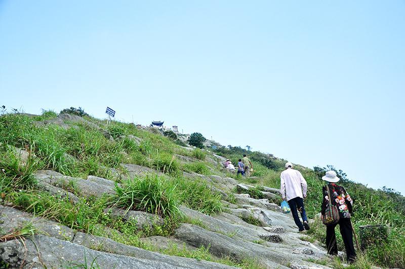 ... nơi tọa lạc ngôi chùa Đồng độc nhất vô nhị ở độ cao hơn 1.000m so với mực nước biển.