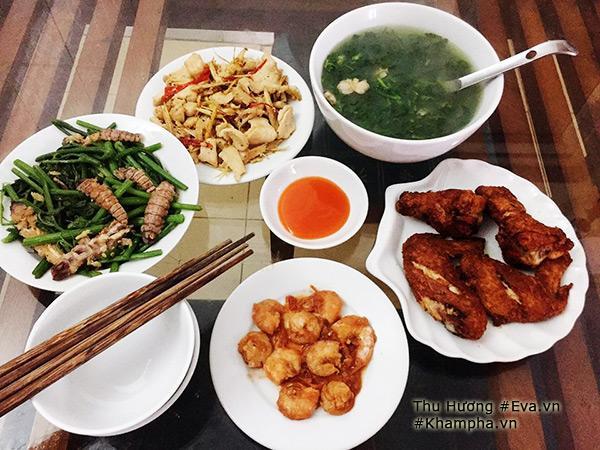 Thu Hương cho biết hiện tại mỗi ngày, cô đều sang nhà bạn trai nấu cho bạn ăn.