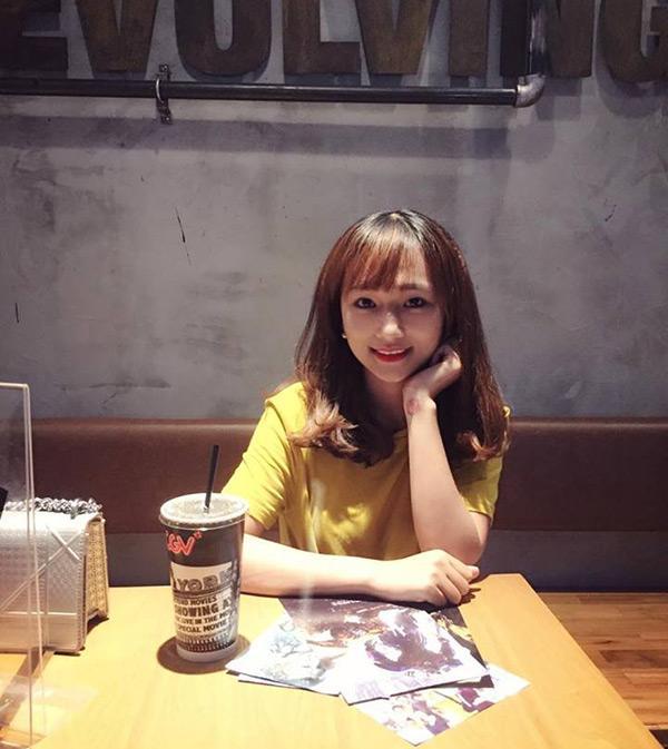 Cô gái 9x Thu Hương có niềm đam mê, yêu thích nấu nướng từ nhỏ do ảnh hưởng từ mẹ.