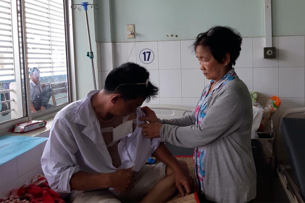 Anh Trung đang nằm điều tr.ị tại bệnh viện