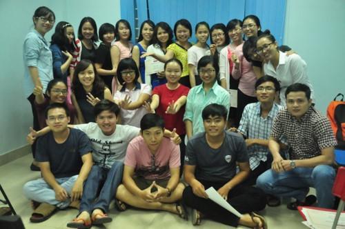Những học trò học tiếng Anh của cô giáo Đào Thị Hằng