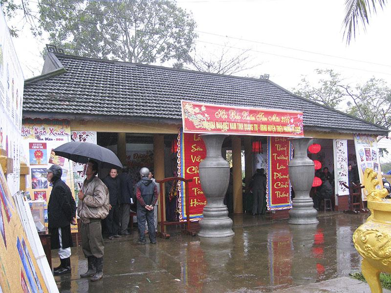 Hội báo xuân được tổ chức tại đình làng Bích La