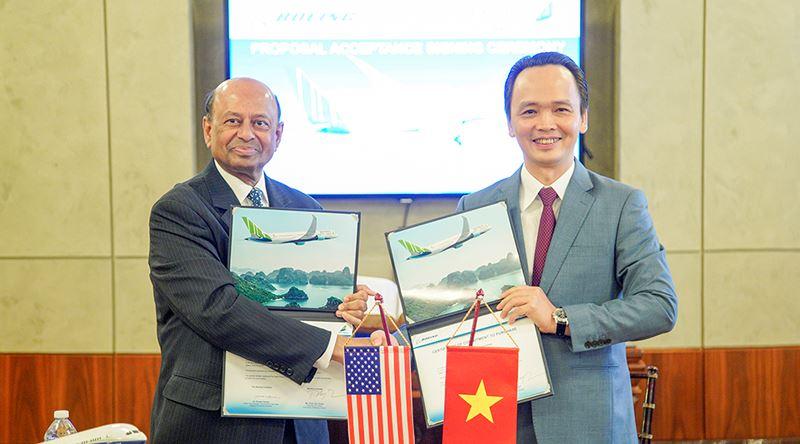 Ông Trịnh Văn Quyết - Chủ tịch FLC, Chủ tịch Bamboo Airways ký thỏa thuận mua 20 máy bay Boeing trị giá lên đến 5,6 tỷ đô la Mỹ. Ảnh: FLC News