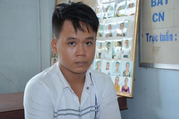 Đối tượng Hồ Huỳnh Tuấn Anh tai cơ quan công an