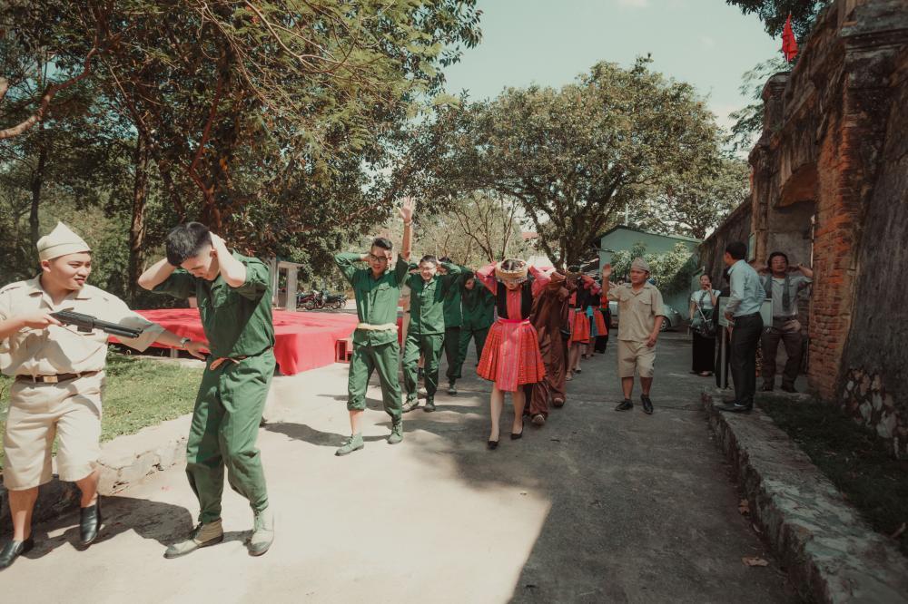 Bộ ảnh này được thực hiện chủ yếu tại Nhà tù Sơn La.