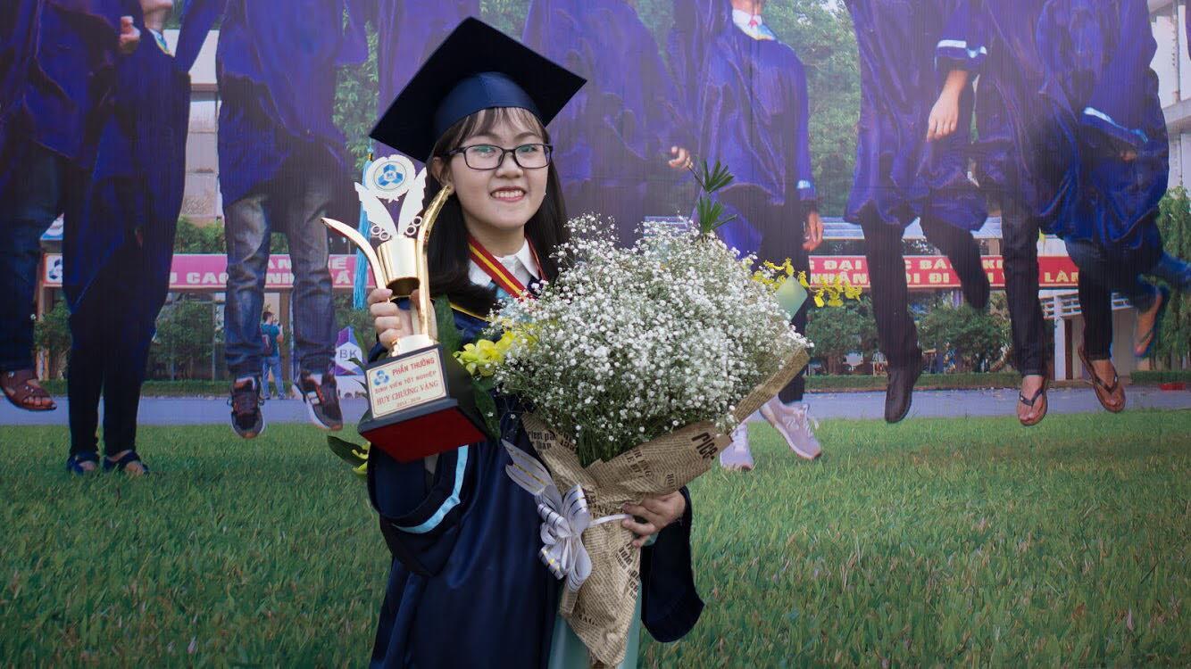Tân thủ khoa tốt nghiệp 2018 của Đại học Bách khoa TP HCM - Dương Ngọc Khánh Vy